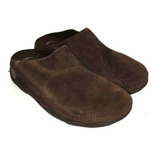 e4d5f4be7369 FitFlop Gogh™ Moc Brown Suede Slip On Clogs shoes